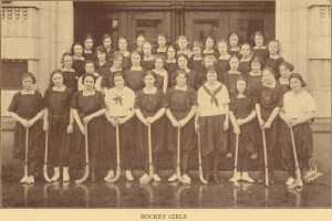 1922 Girls Hockey team