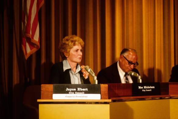 07-Joyce_Ebert_and_Moe_Michelson